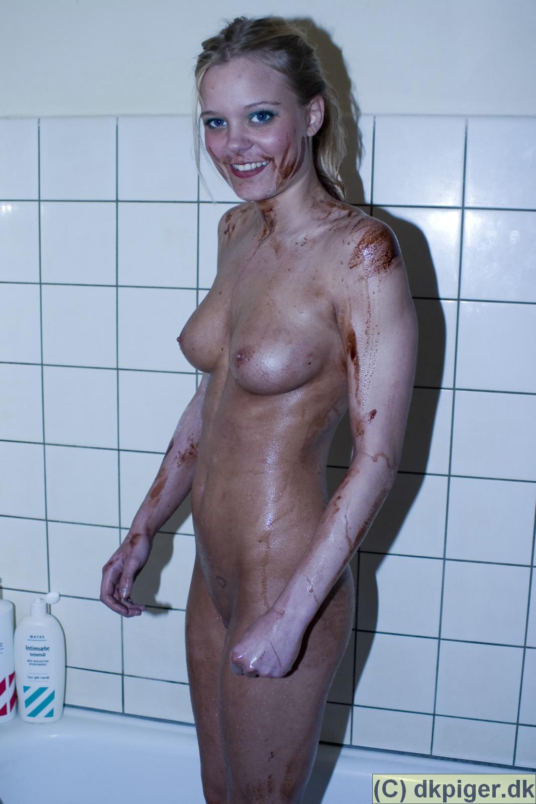 swinger klub viborg nøgne kvinder bader