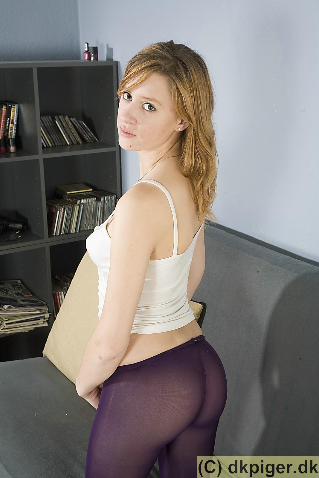 sexdebut dk piger spiller pik